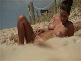 Naked Beach Video of Hot Amateur Woman Doing Nude Sunbath