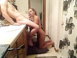 Young Girlfriend Doing Blowjob and Fucking in Bathroom